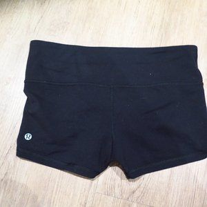 Lululemon Black Legging Shorts Size 8
